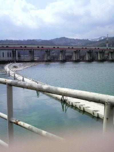 会津のダム.JPGのサムネイル画像